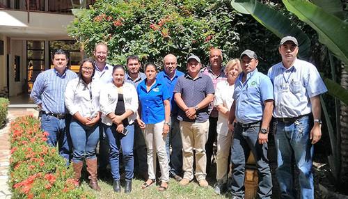 Grupo focal de actores clave de árboles en finca de la zona de Catacamas, Olancho.