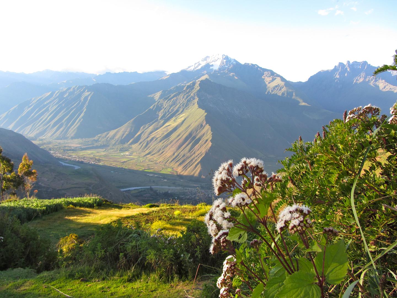 panorámica del Valle Sagrado de los Incas, uno de los lugares ricos ...