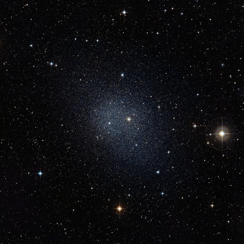 La galaxia Fornax. Créditos: ESO/Digitized Sky Survey 2.